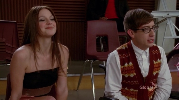 Glee.S04E17.HDTV.x264-LOL.mp4_001629461