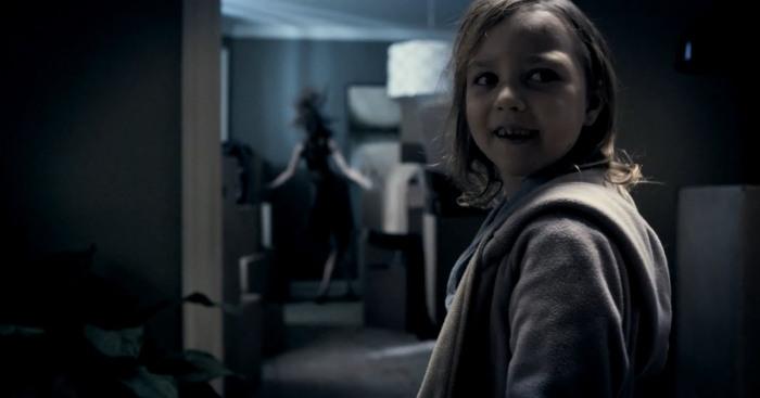 mama-movie-lilly-teeth-ghost