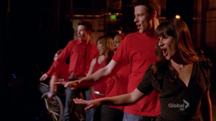 Glee.S04E19.HDTV.x264-LOL.mp4_001776566