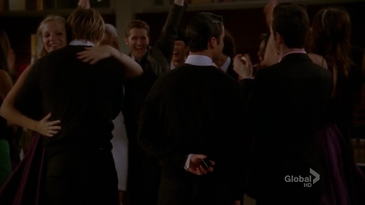 Glee.S04E22.HDTV.x264-LOL.mp4_002594049
