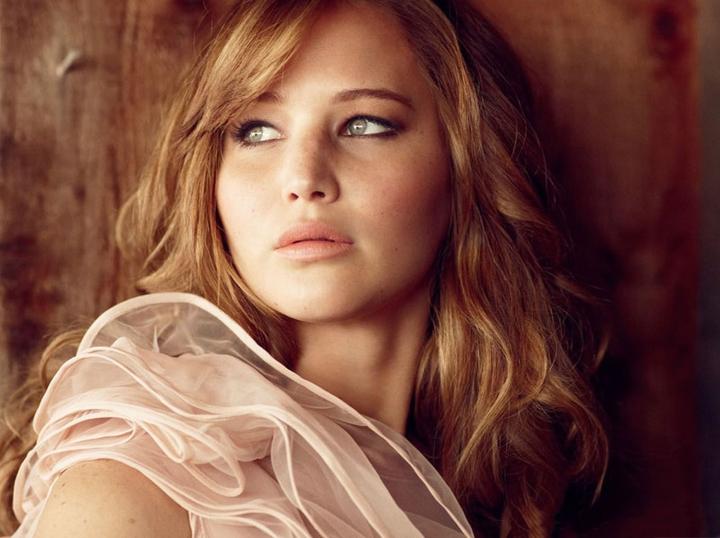 Jennifer-Lawrence-Wallpaper-HD-For-iPad-2