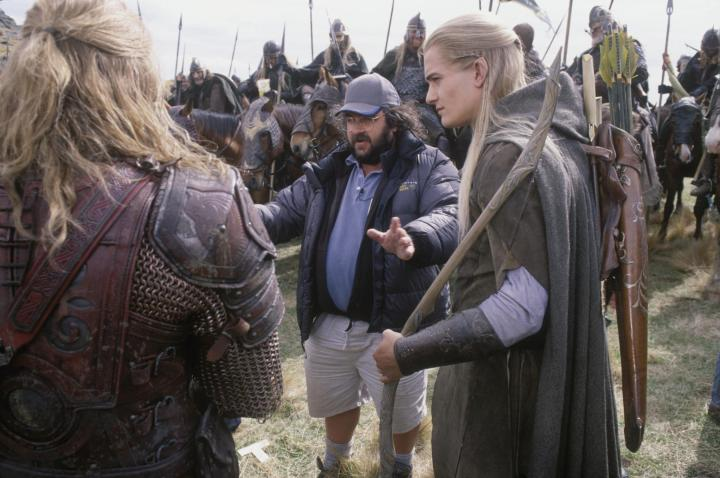 still-of-peter-jackson-and-orlando-bloom-in-the-lord-of-the-rings-the-two-towers