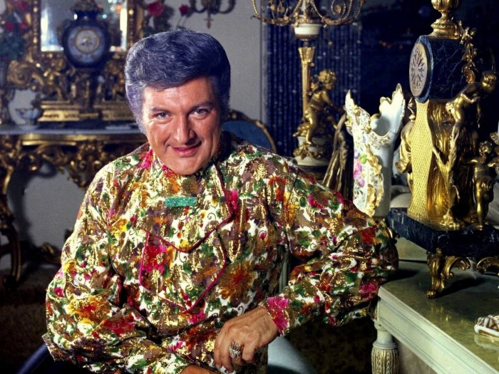 Liberace_Colour_Allan_Warren-e1369862399747-1280x960