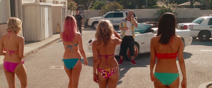 Spring.Breakers.2012.720p.BluRay.DD5.1.x264-EbP.mkv_002297670
