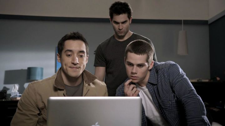 1x09-Wolf-s-Bane-derek-and-stiles-24163732-1280-720
