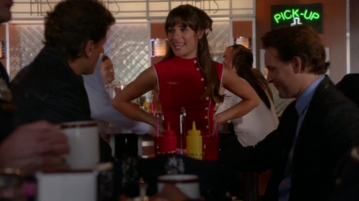 Glee.S05E01.HDTV.x264-LOL.mp4_001436977