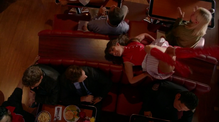 Glee.S05E01.HDTV.x264-LOL.mp4_001547462