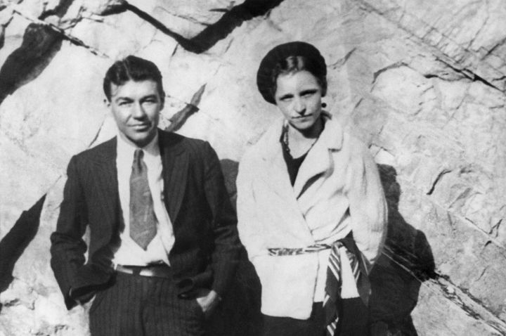A Picture taken in the early 30s of outlaws Bonnie Parker (R) and Clyde Barrow-1142422