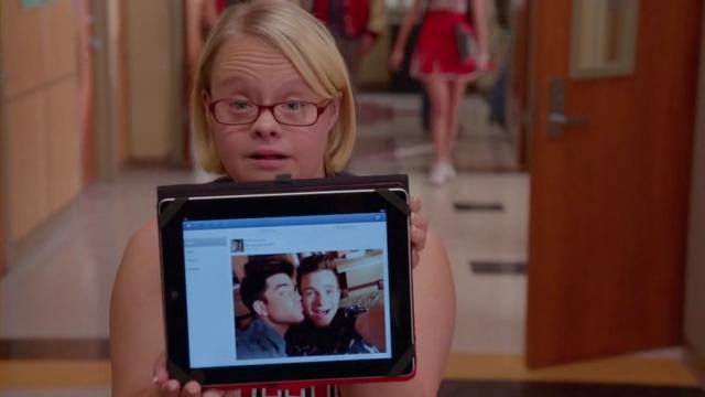 Glee.S05E09.HDTV.XviD-AFG.avi_002272268