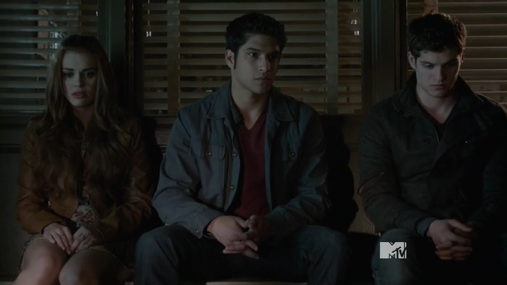 Teen.Wolf.S03E24.HDTV.x264-2HD.mp4_000048840