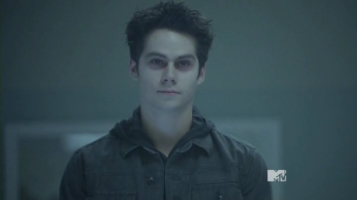 Teen.Wolf.S03E24.HDTV.x264-2HD.mp4_000615573