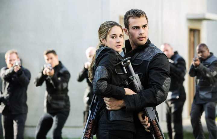 Divergent-Tris-Four