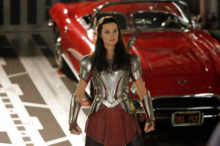 sif-agents-of-shield-jaimie-alexander-serie-thor
