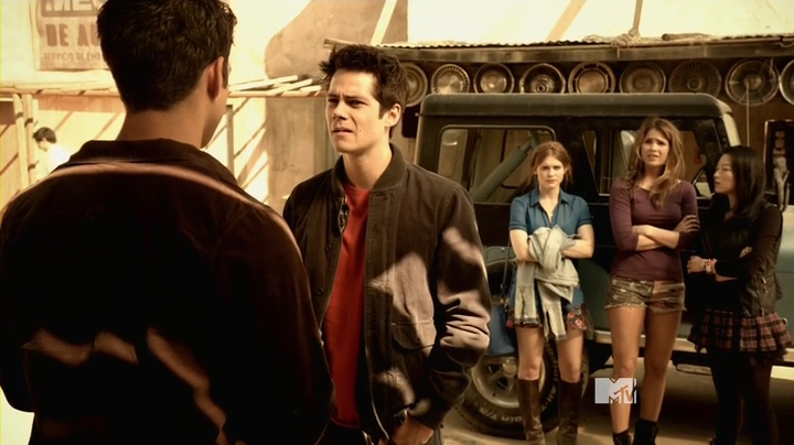 teen.wolf.s04e01.hdtv.x264-2hd.mp4_001418667