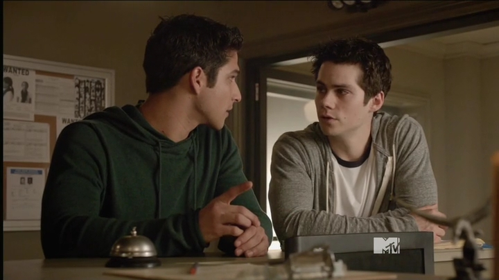 teen.wolf.s04e02.hdtv.x264-2hd.mp4_001076533