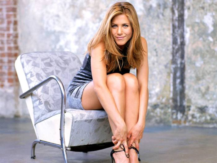 Jennifer-Aniston-54