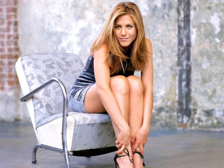 Jennifer-Aniston-54