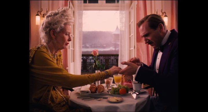 The.Grand.Budapest.Hotel.2014.1080p.BluRay.x264.YIFY.mp4_000640543