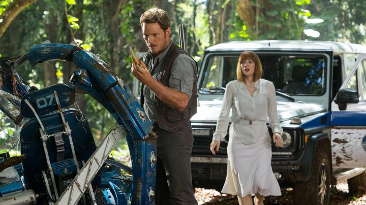 chris-pratt-bryce-dallas-howard-jurassic-world