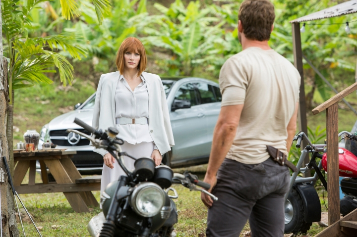 mercedes-gle-coupe-jurassic-world-01-1