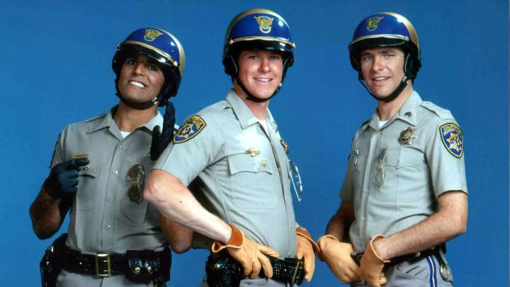 tv-movies-police-cops-chips-wallpaper