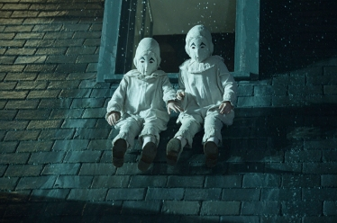 thomas-joseph-odwell-as-the-twins-in-miss-peregrines-home-for-peculiar-children